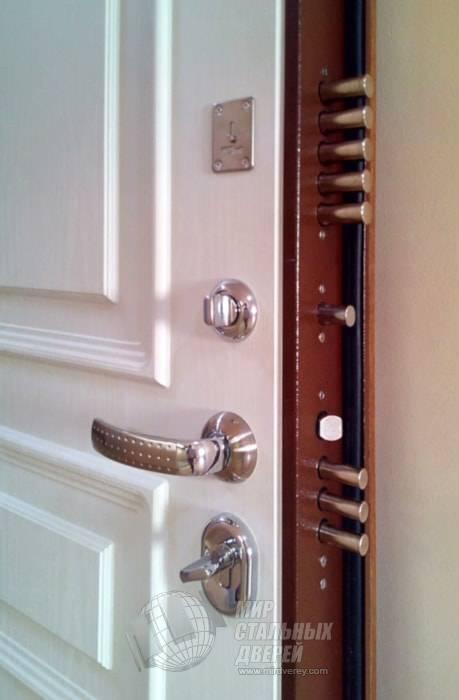 Как покрасить металлическую дверь, железную, старую из ДСП